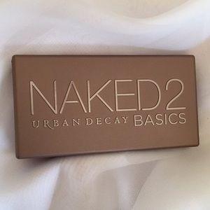 Urban Decay Naked 2 Basics eyeshadow pallette